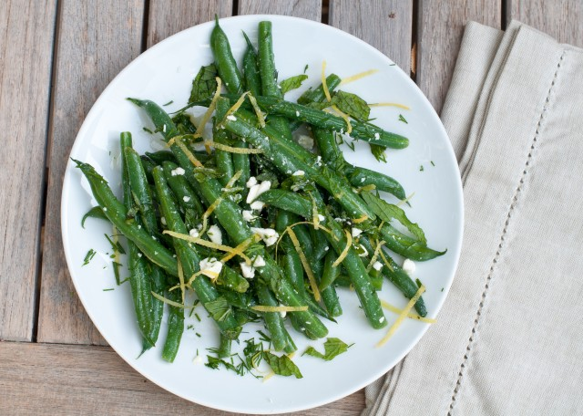 green beans with mint, dill, lemon and feta-4